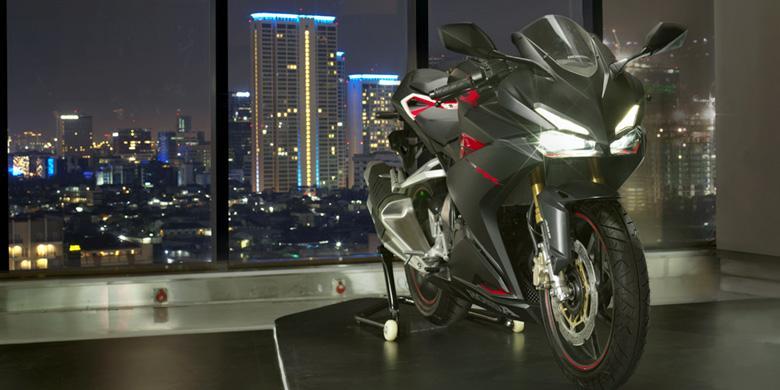 Kumpulan Foto Honda CBR 250RR, Desain Keren Performa Ganas Tersemat Dalam Satu Motor